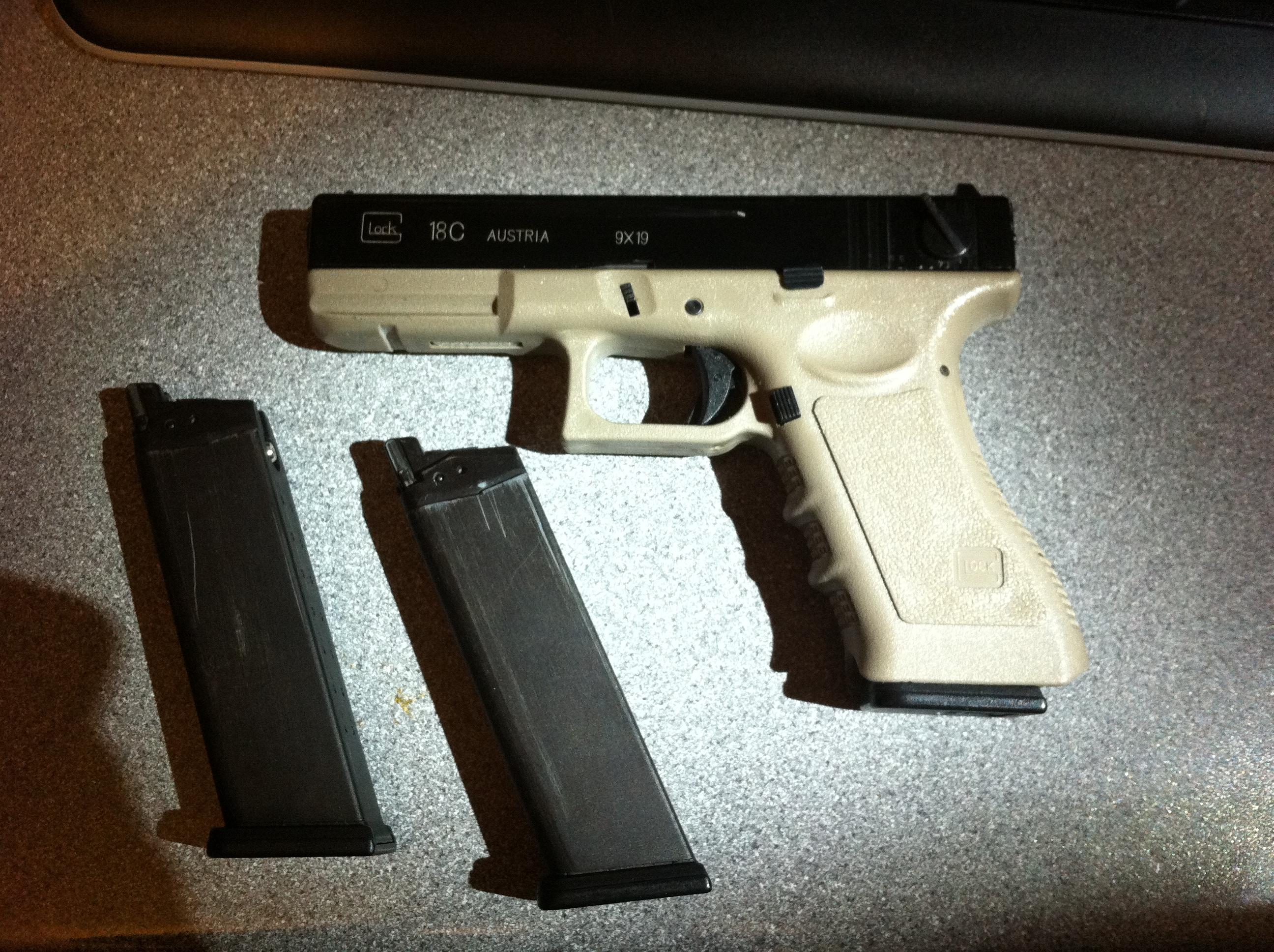 11092012 Eotech 557 G36 dual optic Glock18c JPG